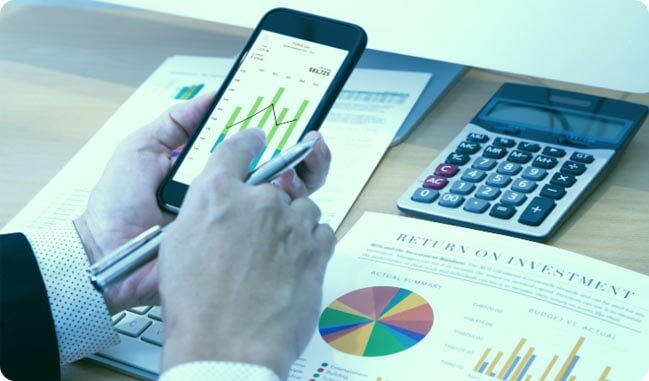 Investment Plans: Navigate the Volatile Market With Right Investment | Axis  MF
